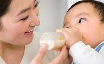 宝宝喝奶粉便秘怎么办?
