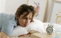 10招远离女性更年期失眠