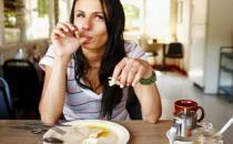 女人保养掌握9个美丽秘诀 早餐牛奶不能少