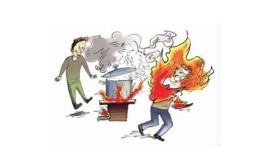 烧伤烫伤后最有效的抢救方法 烧伤烫伤后最有效的抢救方法 在厨房烧烫伤后千万不要用酱油涂抹患处,仅是皮肤发红和剧痛的I度烧伤和造成皮肤水疱和剧痛的II度烧伤可立即用干净冷水冲洗冷却10分钟。对于更严重的III度烧伤就不能用水冲洗,以免增加感染机会。 1、芦荟适量。 如果被烧烫伤,可以尽快摘取一段芦荟的叶子,用小刀纵向剖开(或用手撕开),将其暴露出来的肉质(即胶液)部分贴在患处,轻轻涂抹。烫伤处的疼痛和烧灼感就会迅速减弱。只要不是较严重的烫伤,涂抹几次芦荟的胶液,就能痊愈。 2、湿润烧伤膏。 在厨房里备一支