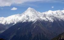 雪崩的发生和规律 雪崩的形式和危害