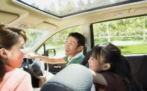 租车自驾游需要多留意安全保障