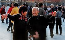老年人广场舞跳40分钟就可以