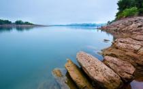 千岛湖 一抹令人叫绝的红叶湾