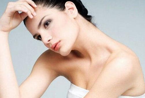 女性不同时期乳房会疼痛
