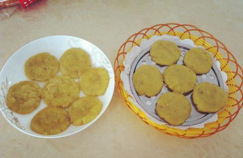 薯类蛋白质含量不高 试试蒸红薯饼