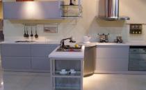 橱柜控油清洁剂要温和 厨房清洁技巧