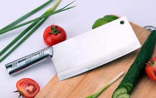 给菜刀除锈的妙招