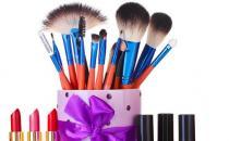 化妆MM别忘定期清洗化妆工具