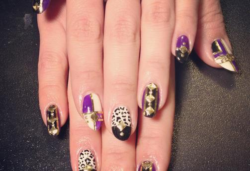 指甲油颜色搭配有讲究
