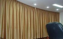 遮光窗帘的安装方法 遮光窗帘的保养方法