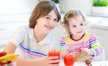 宝宝多大能喝果汁?宝宝添加果汁的原则