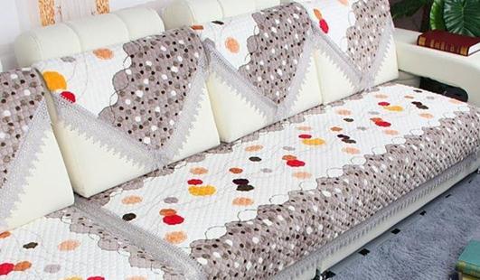 沙发垫什么材质的好?沙发垫的清洗方法