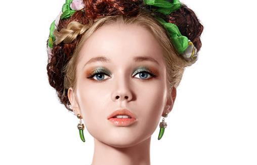 美妆达人教你魅惑异域妆图片