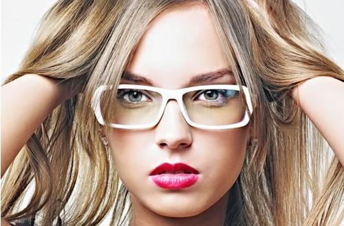 專屬眼鏡妹的吸睛眼妝