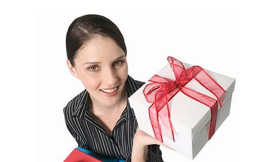给同事送什么礼物最合适?