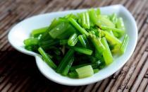 夏季吃芹菜真的会被晒黑吗?