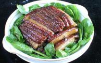 味浓不腻的冬菜扣肉的做法