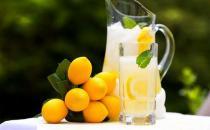喝柠檬汁的好处:柠檬汁改善疲劳
