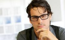 戴眼镜真的会加深度数?