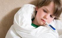 父母如何给宝宝量体温?