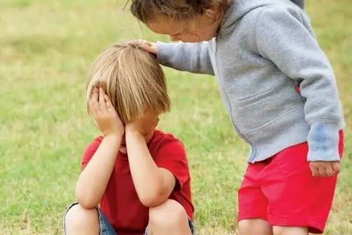 孩子不合群的原因与解决办法 家长应该如何做
