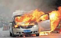夏季汽车夺命救命保命八招 躲过了救的是全家人的命