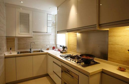 廚房油污如何清洗 廚房潔凈的小竅門