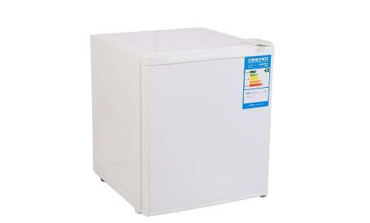 冰箱冷冻室如何除冰