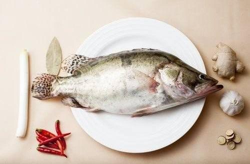 空腹吃魚?等于慢性自殺!