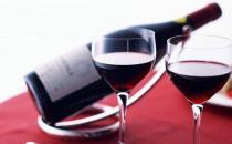 女人为何爱红酒?女人喝红酒的好处