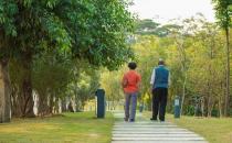 老人冬季养生保健的原则