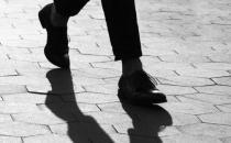 从走路姿势发现身体疾病