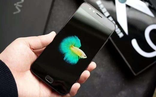手机电量少辐射更大吗