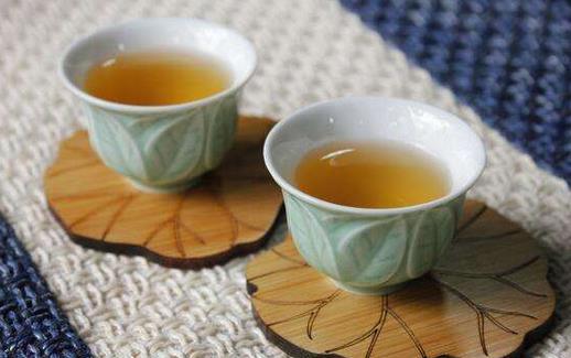 吸煙人士常喝普洱茶能降低有害物質