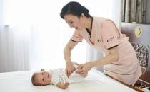 月嫂陪护对母婴健康的影响