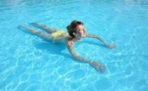 如何降低日光浴带来的致癌风险