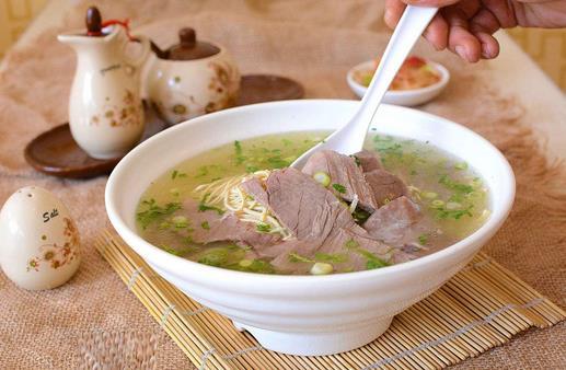 教你如何做出香喷喷的牛肉汤