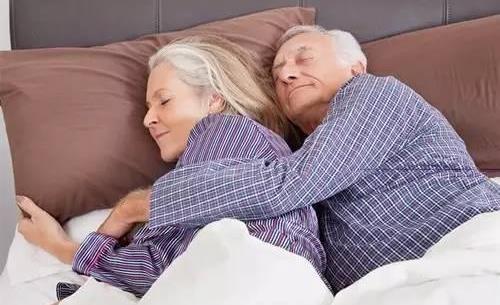 老年人睡眠時間短是怎么回事