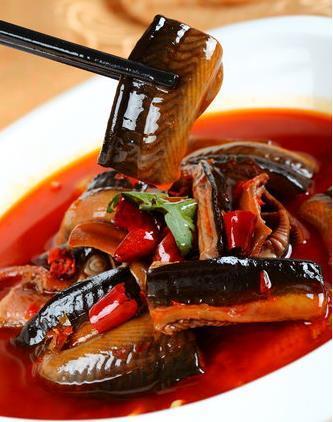 黄鳝什么季节吃最好 黄鳝鱼的功效与作用 黄鳝清洗