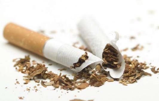 多年烟瘾犯了很难受 9大招对付烟瘾发作