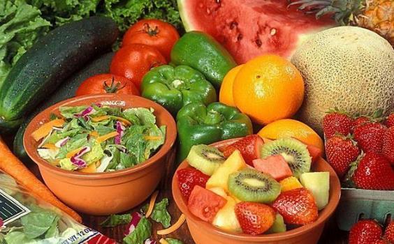45岁后少吃3种伤肝食物 多吃1种护肝食物