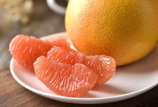 哪些人不能吃柚子 柚子不能和什么一起吃