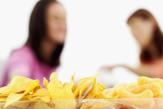 女学生保健禁忌 忌不吃早饭、吃零食和穿紧身内衣