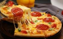 披萨冷的还可以吃吗 披萨冷了先用微波炉加热
