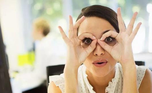 白领用眼护眼小常识 4招缓解眼睛疲劳