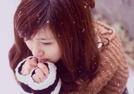 女人手脚冰凉危害大 手脚冰凉要多吃羊肉