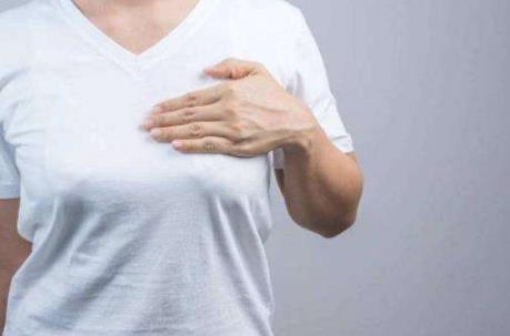 排卵期容易引发乳房胀痛 乳房胀痛这样缓解