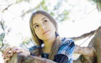 女孩性早熟危害大 女孩性早熟需及时保健