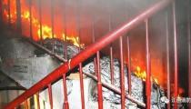 高楼发生火灾逃生要点 消防员教你是跑还是不跑